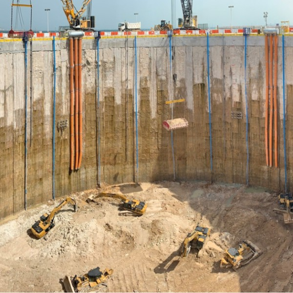 60m of excavation on a reclaimed island near Jebel Ali Port